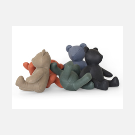 Maharam bear pin up group